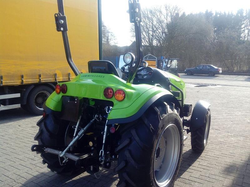 tuber_traktor_5